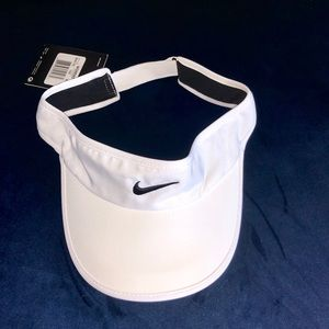 Nike Womens Featherlight Visor Tennis Golf